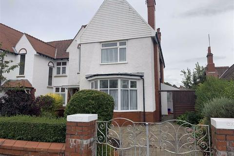 4 bedroom semi-detached house for sale - Mythop Road, Lytham