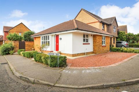 2 bedroom detached bungalow for sale - Heron Way, Mayland