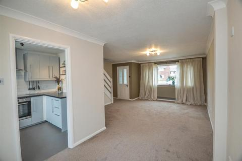 3 bedroom house to rent - The Limes, Wittering, Peterborough