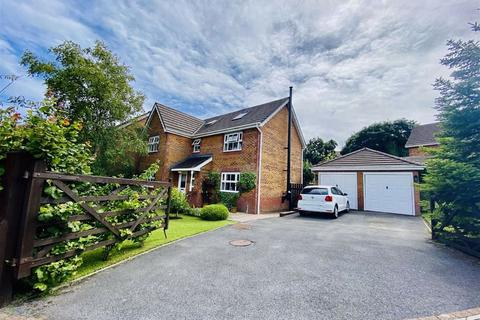 6 bedroom detached house for sale - Lamb Lane, Killay, Swansea