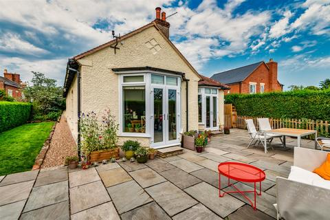 4 bedroom detached bungalow for sale - Chapel Street, Wem, Shropshire