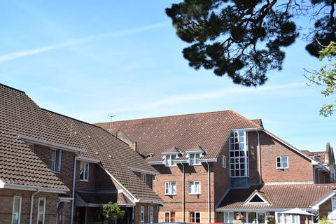 2 bedroom apartment for sale - 55 Willow Park, Poole