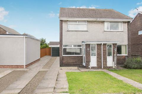2 bedroom house to rent - Smeaton Close, Rhoose, Vale of Glamorgan