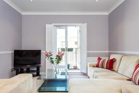 1 bedroom apartment - Ibberton House, Russell Road, London, W14