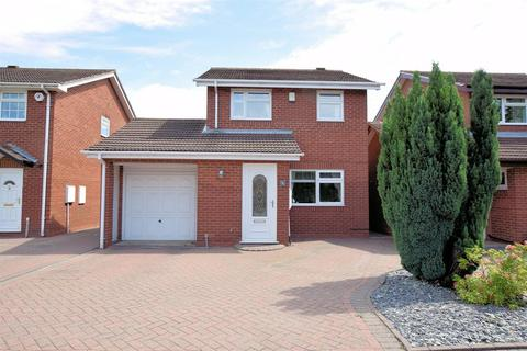 3 bedroom detached house for sale - Caldeford Avenue, Shirley, Solihull, B90 4UD