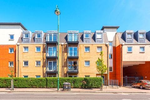 2 bedroom flat for sale - Topaz Court, High Road, Leytonstone, E11 3GA