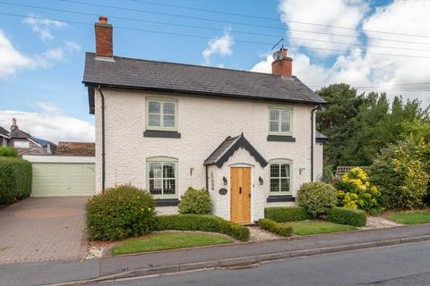 4 bedroom detached house to rent - Weeford Road, Sutton Coldfield, West Midlands, B75