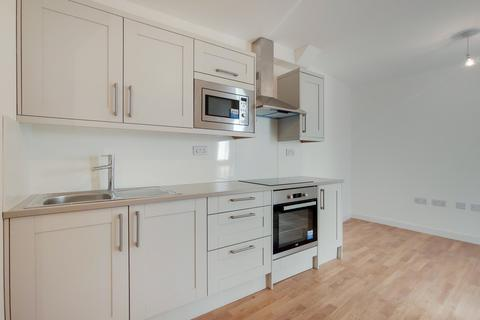 1 bedroom flat to rent - Hanover House, 1 Orchard Road, London, SE18