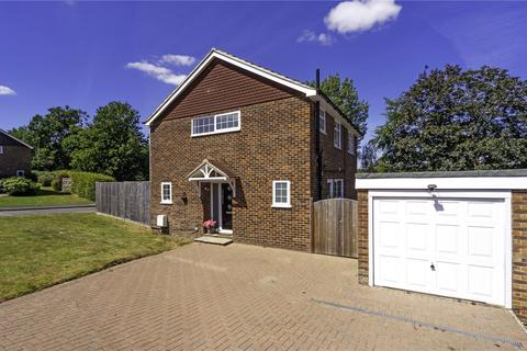 4 bedroom detached house for sale - Scotts Way, Tunbridge Wells, Kent, TN2