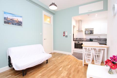 1 bedroom flat to rent - Iona Street, Leith, Edinburgh, EH6 8SP