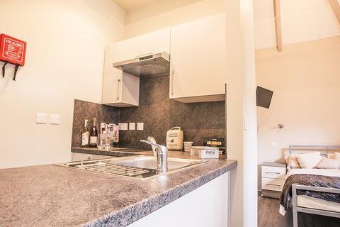 Studio to rent - Landcross House, Landcross Road, Manchester , M14