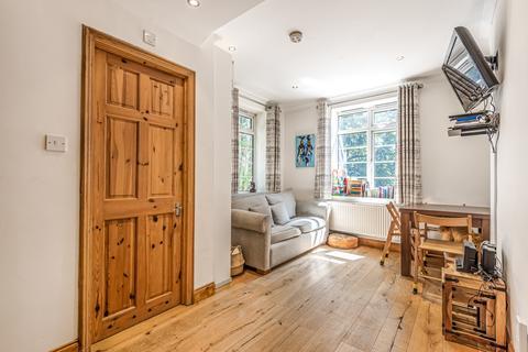 2 bedroom flat for sale - Aberdour Street London SE1