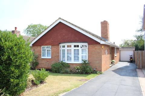 3 bedroom detached bungalow for sale - Maidenhead