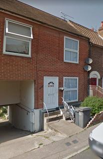 Studio to rent - Upper Bridge Road, Chelmsford CM2