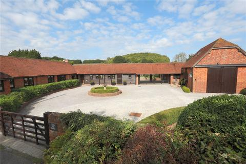 5 bedroom detached house for sale - Pembury Road, Tonbridge, Kent, TN11