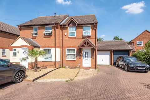 2 bedroom semi-detached house to rent - Staines upon Thames,  Surrey,  TW19