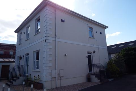 3 bedroom semi-detached house to rent - St Annes Road, Cheltenham, Gloucestershire, GL52