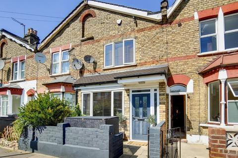 2 bedroom terraced house for sale - Richmond Road, London, N11