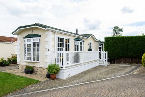 2 bedroom park home for sale - Yew Tree Park, Peterstow, Ross-on-Wye, HR9 6JZ