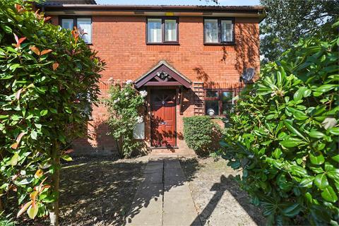 1 bedroom maisonette for sale - Chartwell Gardens, Cheam, Sutton SM3
