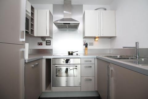 1 bedroom apartment to rent - Elektron Tower,  Blackwall Way, London