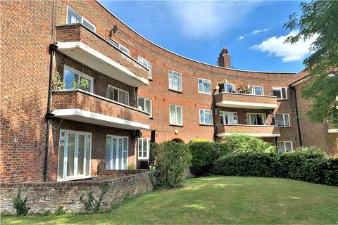 2 bedroom apartment for sale - Riverbank, Laleham Road, Staines-upon-Thames, Surrey, TW18