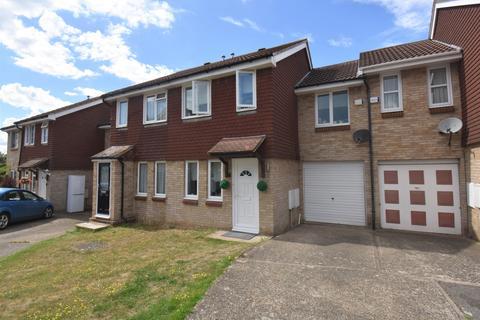 3 bedroom terraced house for sale - Bremner Close, Swanley BR8