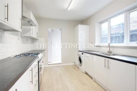 3 bedroom terraced house to rent - Burleigh Road, Enfield, Middlesex, EN1