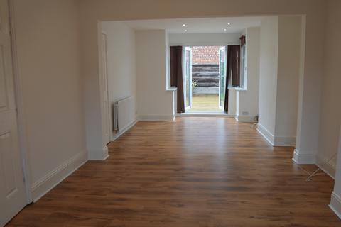 3 bedroom semi-detached house for sale - Sunnybank Road, Droylsden, M43