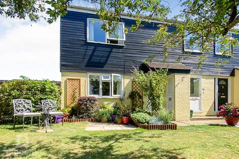 1 bedroom ground floor flat for sale - Desmond Drive, Norwich