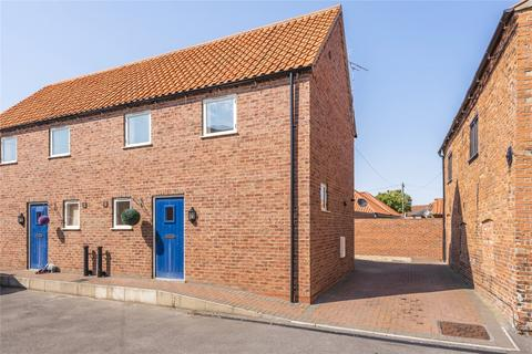 2 bedroom semi-detached house for sale - Market Place, Wragby, LN8