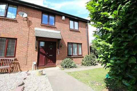 3 bedroom end of terrace house to rent - Taunton Close, Ilford