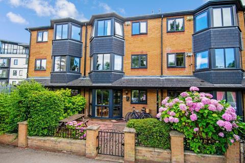 2 bedroom ground floor maisonette for sale - The Mallards, River Lane