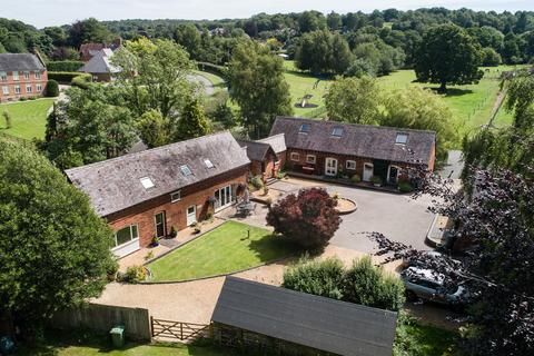 5 bedroom barn conversion for sale - Sawpit Lane, Brocton