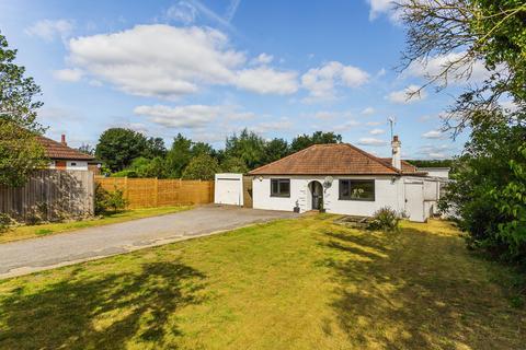 4 bedroom detached bungalow for sale - Main Road, Sundridge, TN14