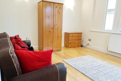 2 bedroom apartment to rent - Kemsing Road, Greenwich, London