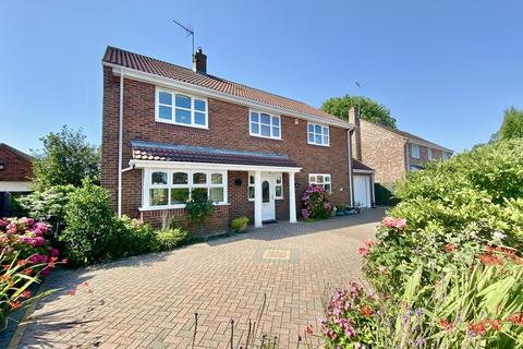 4 bedroom detached house for sale - Chantry Meadows, Kilham