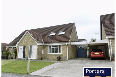 2 bedroom bungalow for sale - Hunters Ridge Brackla Bridgend CF31 2LJ