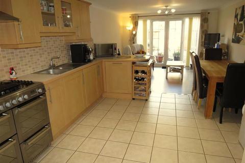 3 bedroom house for sale - Pioneer Road, Swindon, Wiltshire