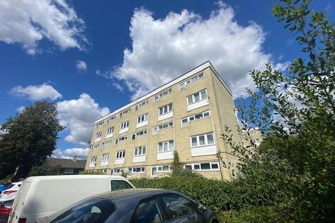 Studio to rent - Taranto Road, Lordwood, Southampton, SO16