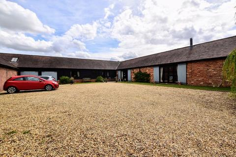 4 bedroom barn conversion for sale - Whaddon Road, Milton Keynes