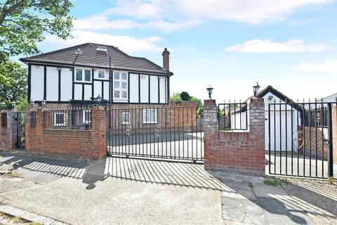 4 bedroom semi-detached house for sale - Greencroft Road, Hounslow