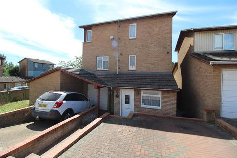 3 bedroom end of terrace house for sale - Wandsworth Place, Bradwell Common, Milton Keynes