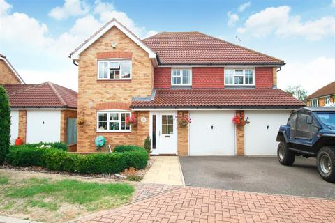 5 bedroom detached house to rent - Kendal Meadow, Chestfield, WHITSTABLE