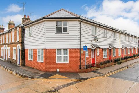 3 bedroom terraced house to rent - St. Peters Road, Whitstable