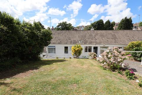 2 bedroom terraced bungalow for sale - Upland Crescent, Truro