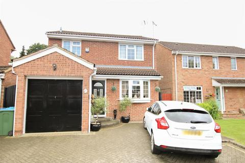 3 bedroom detached house for sale - Gogh Road, Aylesbury