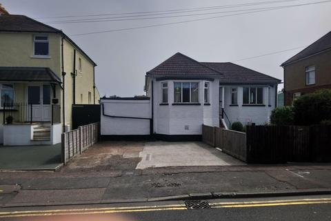 3 bedroom detached bungalow for sale - Bexhill Road, St. Leonards-On-Sea