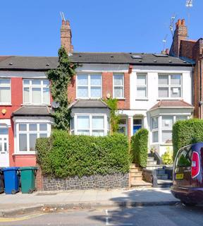3 bedroom terraced house for sale - Squires Lane, Finchley, London, N3