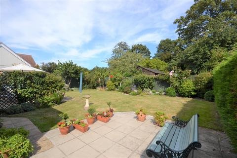 5 bedroom detached house for sale - Waterside Road, Bradwell-on-Sea